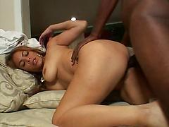 Black Lady With Nice Tits A Nice Pussy Is Pounded
